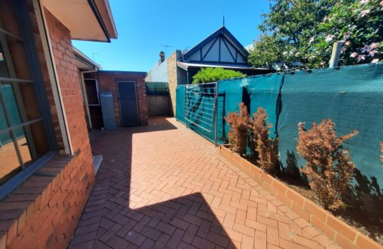 """""""Gedd"""" a Great Start to 2021 with this Fabulously Spacious and Low Maintenance Villa!"""