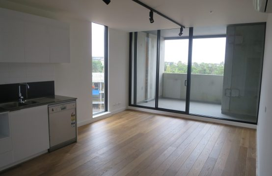 This NEAR NEW 66.2 sqm 1-bedroom + Study/2-bedroom is Boiling HOT!